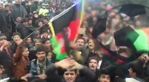 Afghan fans greeting national football team