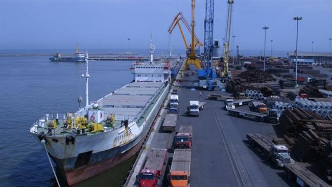 A ship at Chabahar Port (file photo, Press TV)