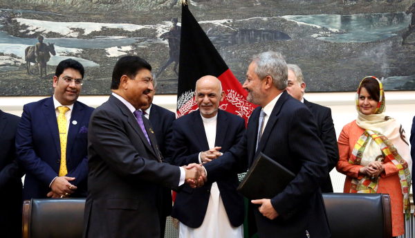 (Left) Dr. B. R. Shetty, Founder and Chairman, BRS Ventures; (Centre) H.E. Ashraf Ghani, the President of Islamic Republic of Afghanistan; (Right) H.E. Dr. Ferozuddin Feroz, Ministry of Public Health, Islamic Republic of Afghanistan . Photo By: BRS Ventures