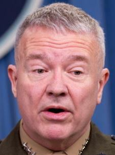 U.S. Lieutenant-General Kenneth McKenzie (file photo)